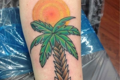 American-traditional-style-palm-tree-tattoo