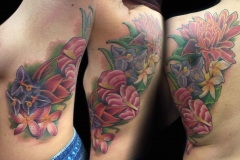 flower-tattoos-by-Roger-Solis-in-San-Diego